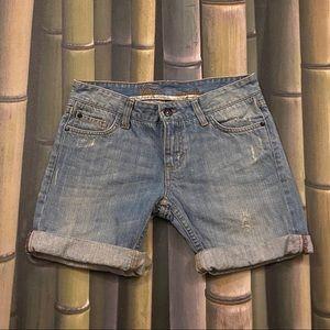 Vans -Loose Fit Denim Skate Shorts Size 3 EUC!